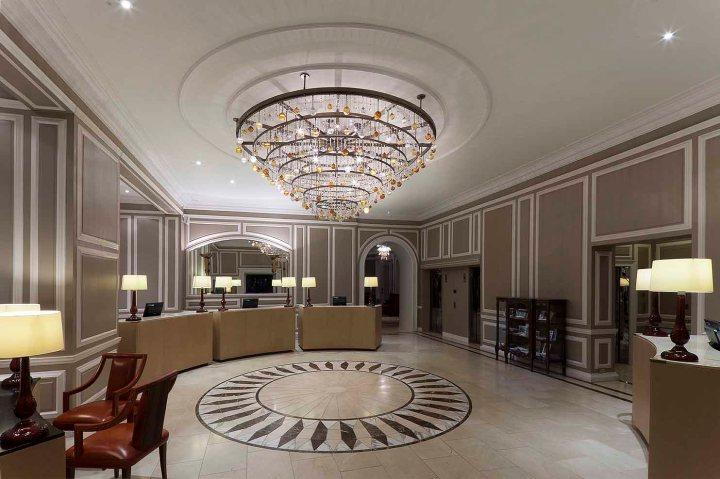 Waldorf Lobby