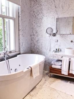 Jacuzzi Bath Room
